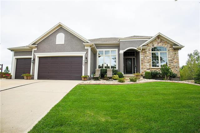 1107 Foxshire Circle, Raymore, MO 64083 (#2131499) :: The Shannon Lyon Group - ReeceNichols