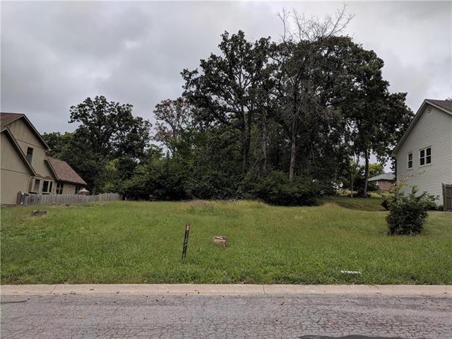 7008 E 70th Street, Kansas City, MO 64133 (#2131544) :: Kansas City Homes