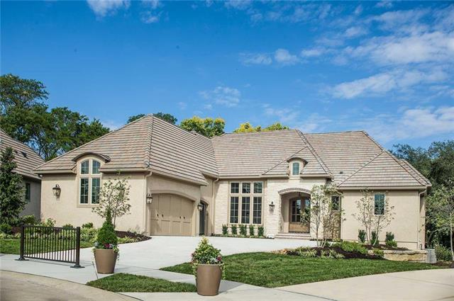 2104 W 89th Street, Leawood, KS 66206 (#2131550) :: No Borders Real Estate