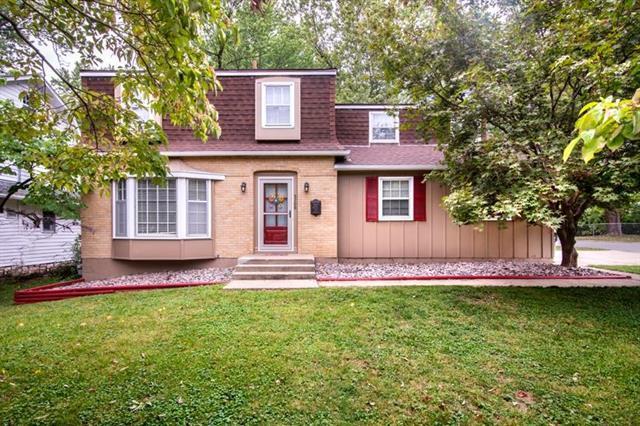 5700 Lamar Avenue, Mission, KS 66202 (#2131644) :: Team Real Estate