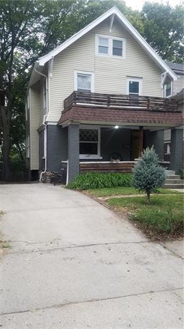 4122 Charlotte Street, Kansas City, MO 64110 (#2131676) :: The Shannon Lyon Group - ReeceNichols