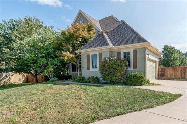 1213 N 1st Street, Louisburg, KS 66053 (#2131708) :: Char MacCallum Real Estate Group