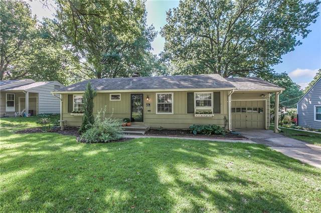 3003 W 71 Terrace, Prairie Village, KS 66208 (#2131998) :: Char MacCallum Real Estate Group