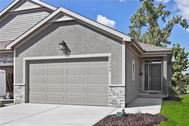 31702 W 83rd Place, Desoto, KS 66018 (#2132224) :: Char MacCallum Real Estate Group