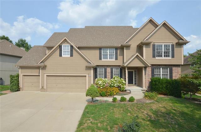 9101 N Kentucky Avenue, Kansas City, MO 64157 (#2132290) :: Char MacCallum Real Estate Group