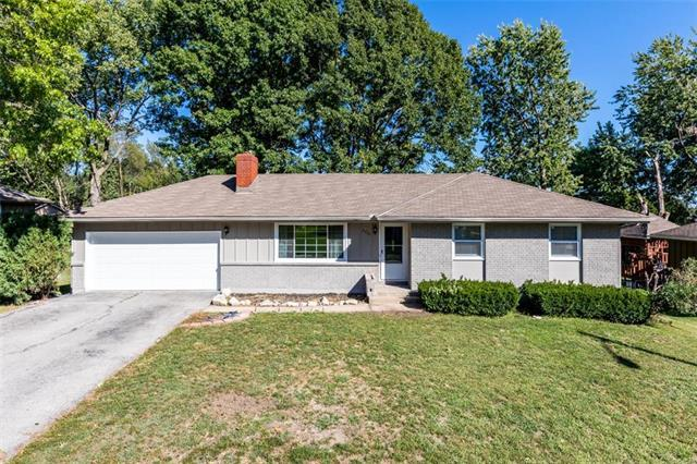 2633 S 45TH Street, Kansas City, KS 66106 (#2132318) :: Char MacCallum Real Estate Group