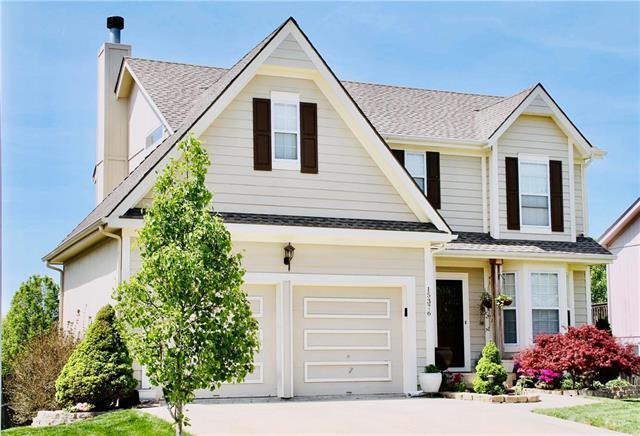 15376 S Darnell Street, Olathe, KS 66062 (#2132380) :: The Shannon Lyon Group - ReeceNichols
