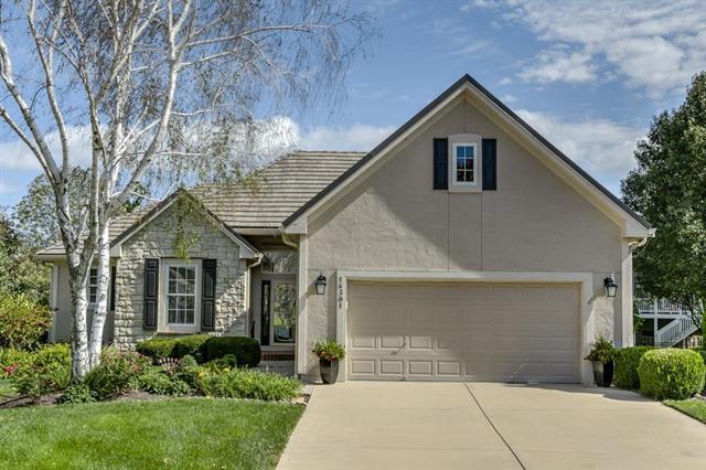 14391 S Garnett Street, Olathe, KS 66062 (#2132441) :: Char MacCallum Real Estate Group