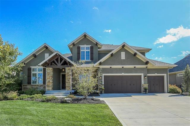 11721 W 164TH Place, Overland Park, KS 66062 (#2132488) :: Char MacCallum Real Estate Group