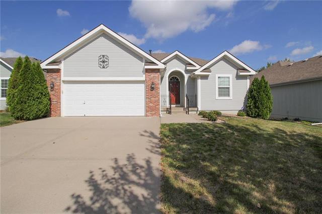 4600 NE 73rd Street, Kansas City, MO 64119 (#2132572) :: Char MacCallum Real Estate Group
