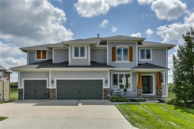 25871 W 143rd Terrace, Olathe, KS 66061 (#2132587) :: Char MacCallum Real Estate Group