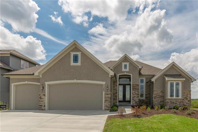 21616 W 45th Terrace, Shawnee, KS 66218 (#2132702) :: Edie Waters Network