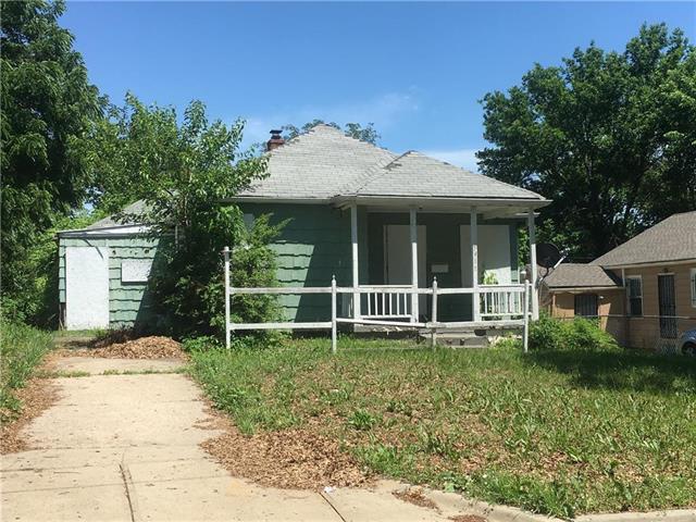 3911 Vineyard Road, Kansas City, MO 64130 (#2132741) :: Edie Waters Network