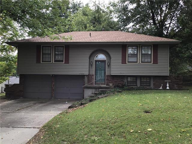17009 E 2nd Street, Independence, MO 64056 (#2132812) :: Edie Waters Network