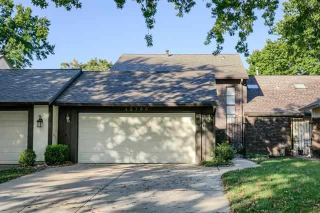 12760 Overbrook Road, Leawood, KS 66209 (#2132876) :: Char MacCallum Real Estate Group