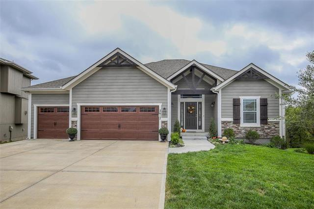 2617 W Elm Street, Olathe, KS 66061 (#2132945) :: Team Real Estate
