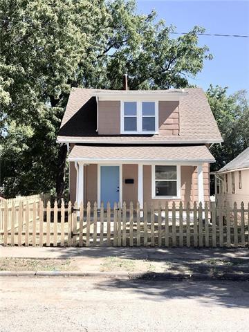 441 Brighton Avenue, Kansas City, MO 64124 (#2132951) :: Edie Waters Network