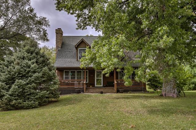 1138 S 138th Street, Bonner Springs, KS 66012 (#2132976) :: Team Real Estate