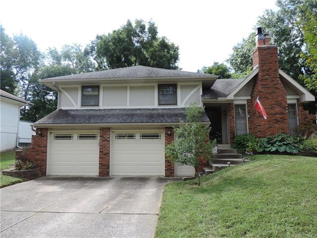 10403 NW 57th Street, Parkville, MO 64152 (#2133069) :: Edie Waters Network