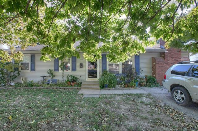 3801 N Union Street, Independence, MO 64050 (#2133103) :: Char MacCallum Real Estate Group
