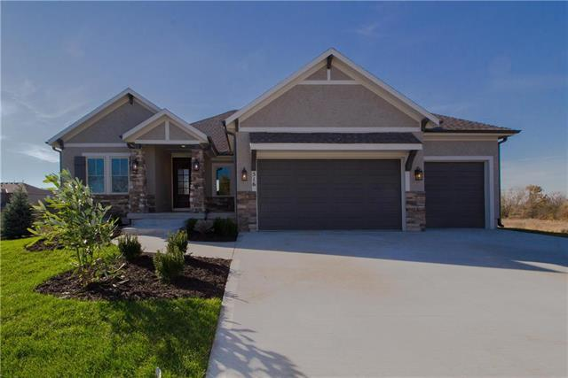 516 NE Legacy View Drive, Lee's Summit, MO 64086 (#2133140) :: Edie Waters Network