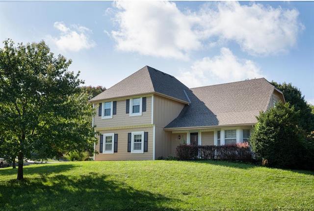 11802 Slater Street, Overland Park, KS 66210 (#2133142) :: No Borders Real Estate