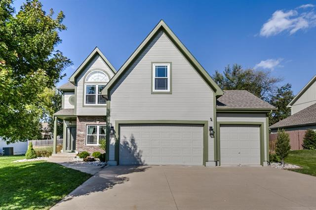 2344 SW River Spring Road, Lee's Summit, MO 64082 (#2133143) :: Char MacCallum Real Estate Group