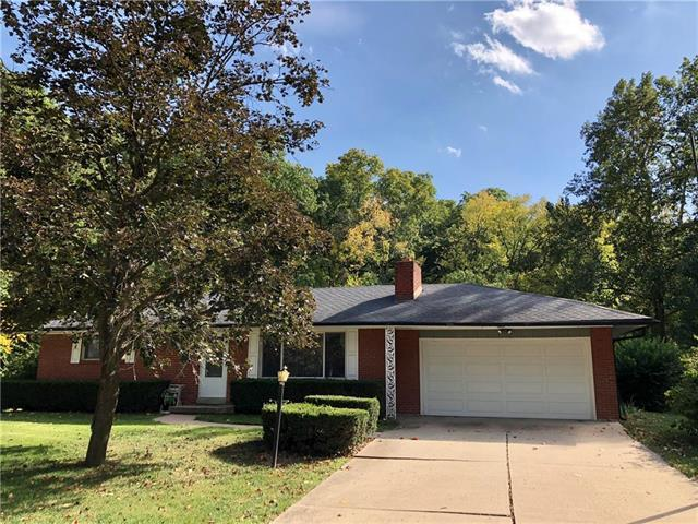 409 NW 58th Street, Kansas City, MO 64118 (#2133223) :: Edie Waters Network