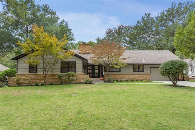 5838 Cherokee Drive, Fairway, KS 66205 (#2133225) :: Team Real Estate