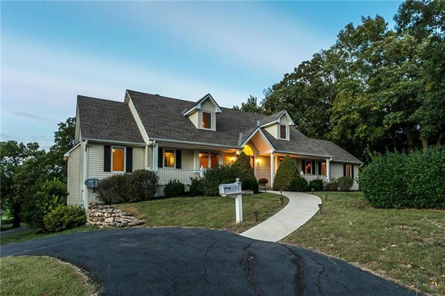 22400 W 207th Street, Spring Hill, KS 66083 (#2133241) :: Team Real Estate
