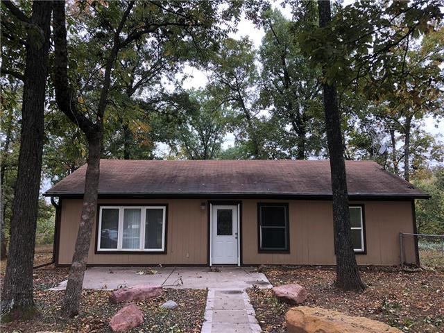 1075 SW 25 Road, Holden, MO 64040 (#2133330) :: Edie Waters Network