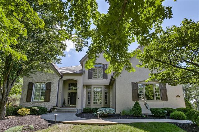 3405 W 154th Street, Leawood, KS 66224 (#2133351) :: The Shannon Lyon Group - ReeceNichols