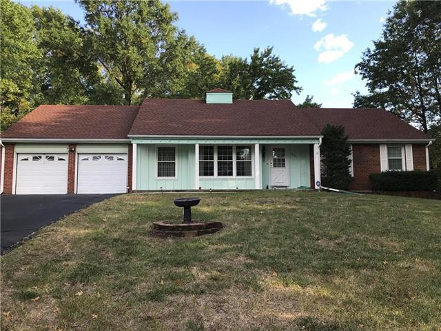 3901 NW 60th Place, Kansas City, MO 64151 (#2133356) :: Edie Waters Network