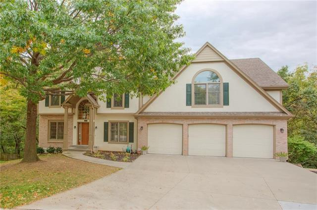 2604 NW Fawn Drive, Blue Springs, MO 64015 (#2133429) :: No Borders Real Estate