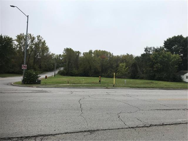 17901 E Truman Road, Independence, MO 64056 (#2133530) :: Edie Waters Network