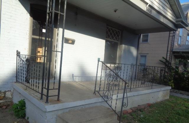 1408 Collins Street, Kansas City, MO 64127 (#2133572) :: Edie Waters Network
