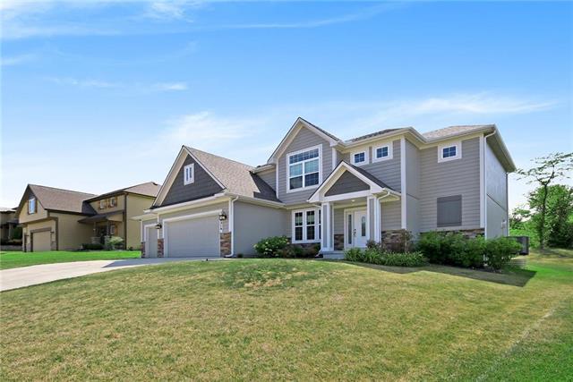 4314 N 112TH Street, Kansas City, KS 66109 (#2133620) :: Char MacCallum Real Estate Group