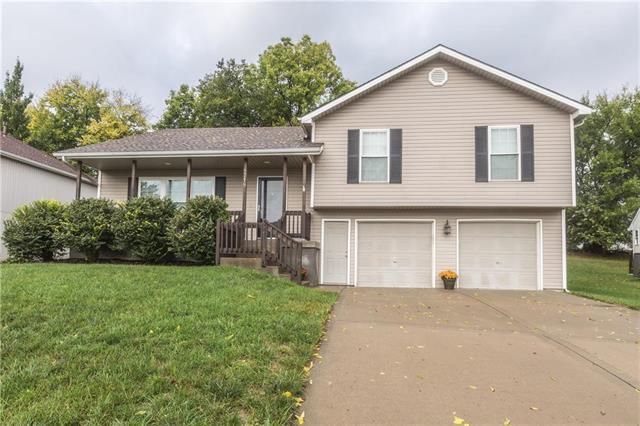 8718 N Winfield Avenue, Kansas City, MO 64153 (#2133674) :: Char MacCallum Real Estate Group