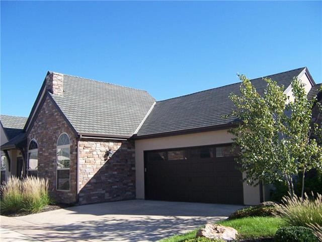 13136 Goodman Street, Overland Park, KS 66213 (#2133739) :: The Gunselman Team