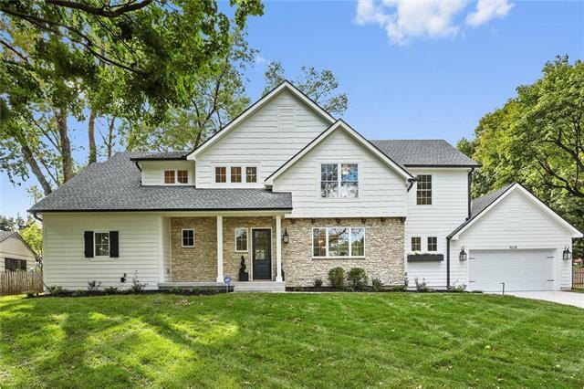 9638 Belinder Road, Leawood, KS 66206 (#2133759) :: Char MacCallum Real Estate Group
