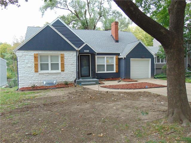 5338 Clark Drive, Roeland Park, KS 66205 (#2133779) :: Team Real Estate