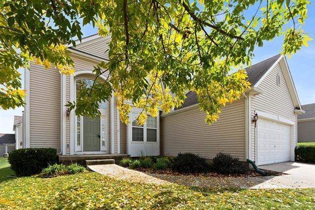 7815 N Chelsea Avenue, Kansas City, MO 64119 (#2133787) :: Char MacCallum Real Estate Group