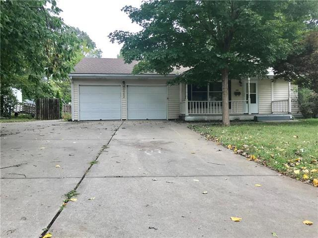12202 E 52ND Terrace, Independence, MO 64055 (#2134025) :: No Borders Real Estate