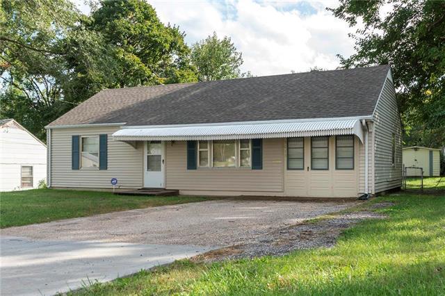 5013 Dodson Avenue, Kansas City, KS 66106 (#2134066) :: The Shannon Lyon Group - ReeceNichols
