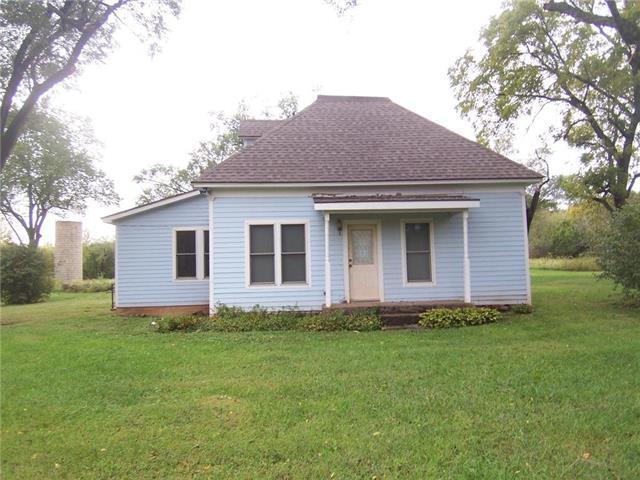 13823 W 1650 Road, Mound City, KS 66056 (#2134091) :: The Shannon Lyon Group - ReeceNichols