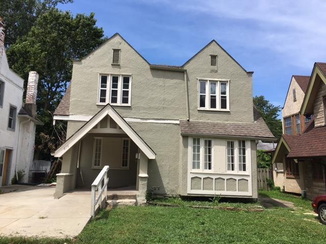 416 N Elmwood Avenue, Kansas City, MO 64123 (#2134124) :: The Shannon Lyon Group - ReeceNichols