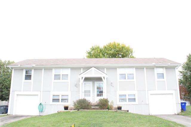 1816 S Avalon Lane, Olathe, KS 66062 (#2134135) :: Char MacCallum Real Estate Group