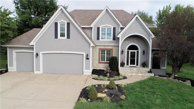 14830 Melrose Street, Overland Park, KS 66221 (#2134161) :: Char MacCallum Real Estate Group