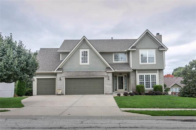 9830 N Highland Place, Kansas City, MO 64155 (#2134168) :: Edie Waters Network
