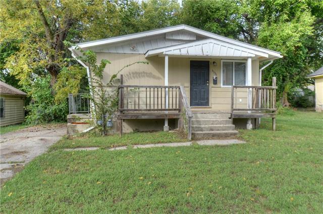 3336 Highland Avenue, Kansas City, MO 64109 (#2134198) :: Edie Waters Network